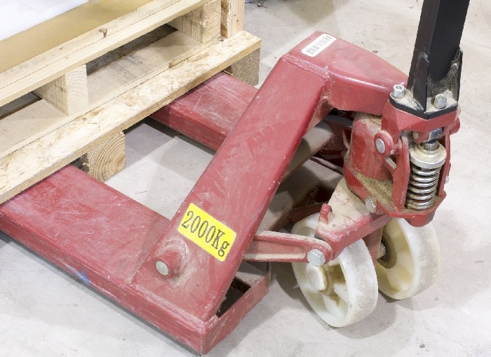 Is a pallet jack the same as a lift gate?
