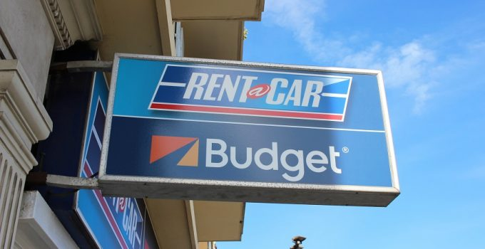 What Credit Cards and Debit Cards Do Budget Accept for Car Rentals?