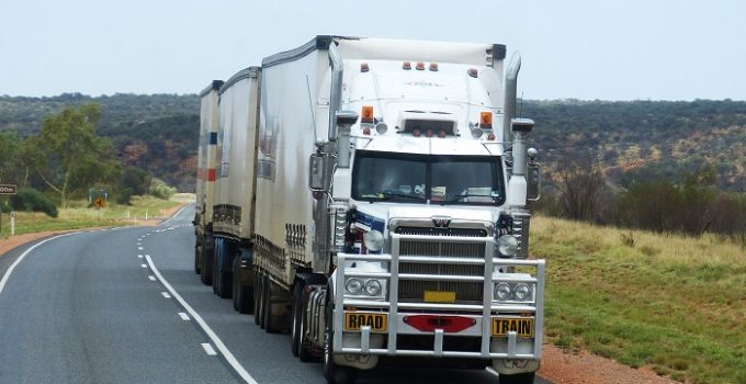 Can You Drive A Semi Without A CDL – Whether for Commercial or Personal Use?