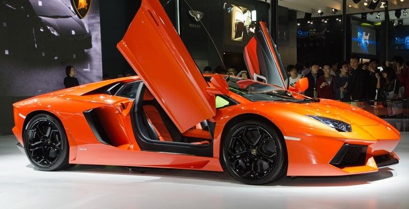 Does Lamborghini Let You Test Drive?
